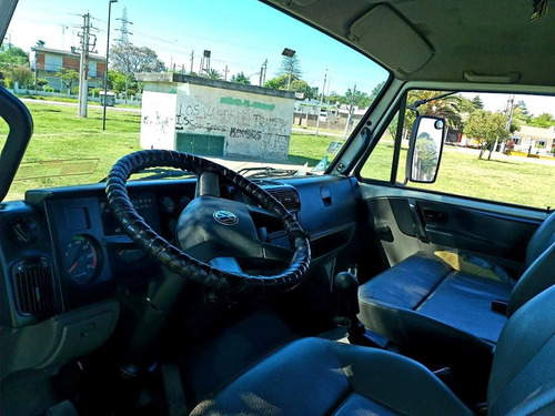 camion volkswagen 8-120 topcar u$s 25.000 y cuotas en $$