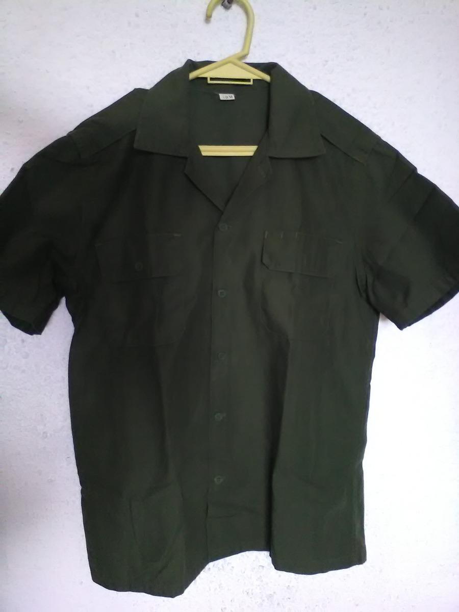 fed0de23c8f camisa verde ejercito manga corta c doble bols y charr 40 m. Cargando zoom.