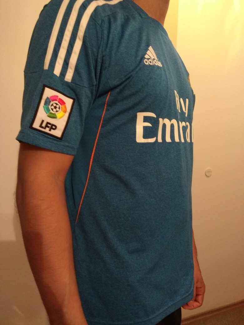 camiseta real madrid alternativa azul talle m. Cargando zoom. 253fdcd4d9894