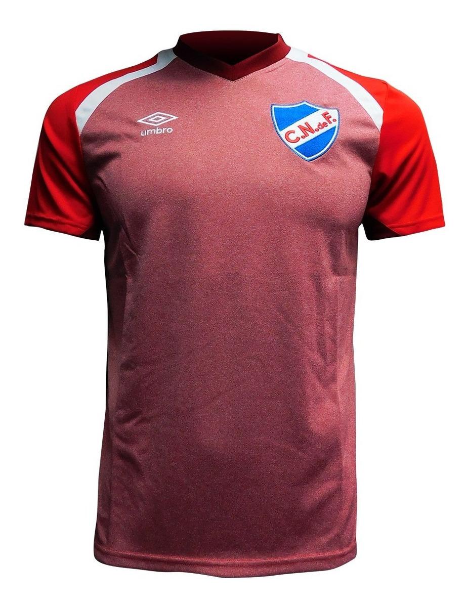 Camiseta Remera Umbro Nacional 2018 Entrenamiento De Niño - $ 890,00 en Mercado Libre