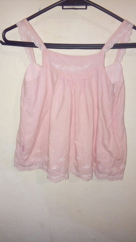 camisita rosa bordada