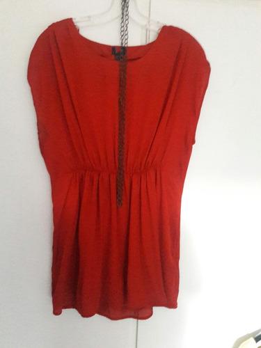 camisola roja de seda. divina!!!!