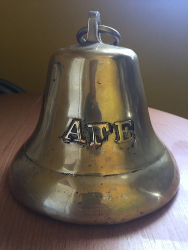 campana de bronce antigua de afe