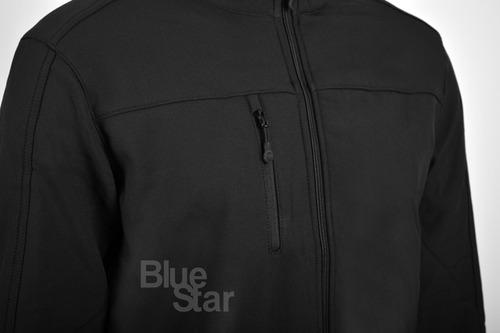 campera de neopreno color negro con cierre frontal