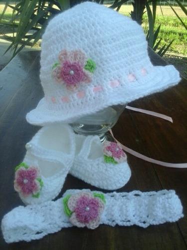 capilina, guillerminas y tiara en crochet para bebe