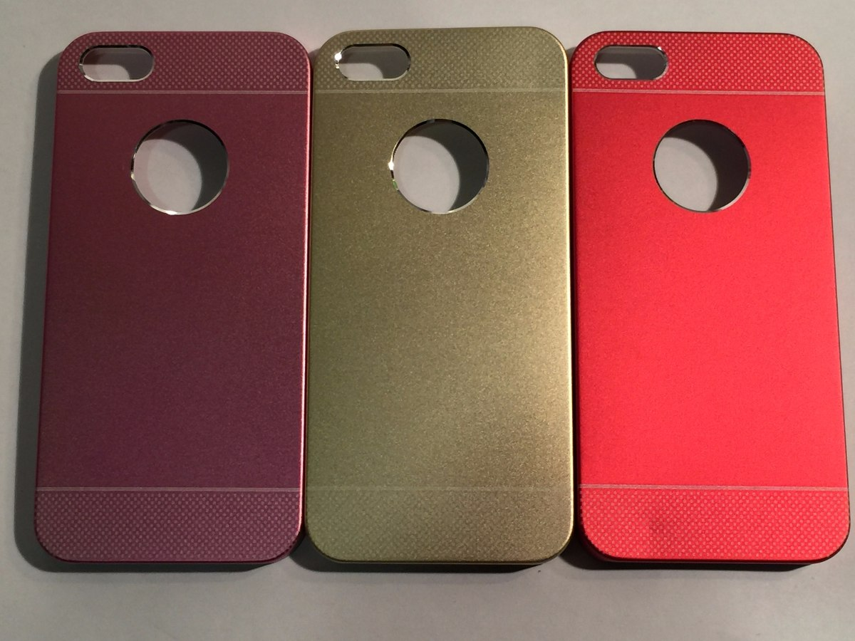 43cfa3dcd96 Carcasa Protector Celular iPhone 5/5s Metalica Colores - $ 85,00 en ...