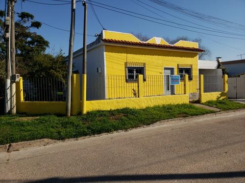 casa 1 dormitorio con garage