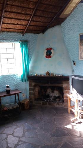 casa 2 dormitorios 1 cuadra de la playa santa lucia del este