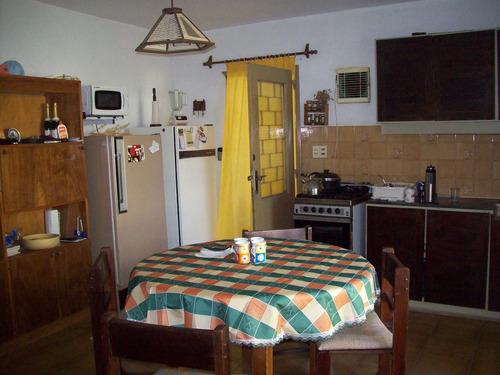 casa 2 dormitorios. 6 personas.