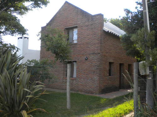 casa 3 dormitorios con jardin y parrillero en la pedrera