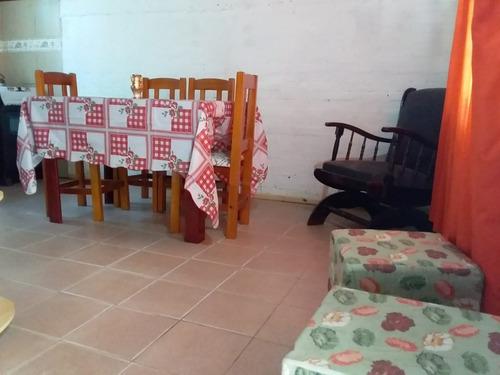 casa 4 ambientes con dos dormitorios