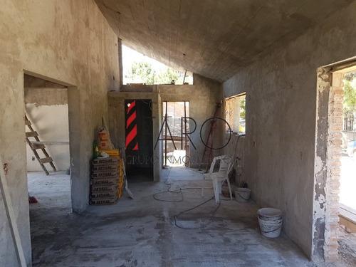 casa a construir en barrio privado en pinares 3 dormitorios con parrillero - ref: 36074