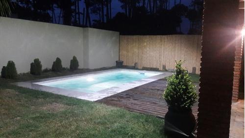 casa a estrenar c/piscina, cercada punta del este temporada