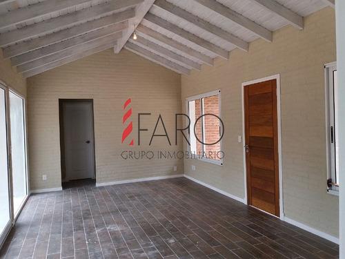 casa a estrenar en pinares 2 dormitorios con parrillero y cochera - ref: 35959