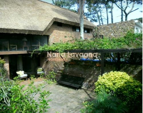 casa a la venta en pinares - ref: 213333