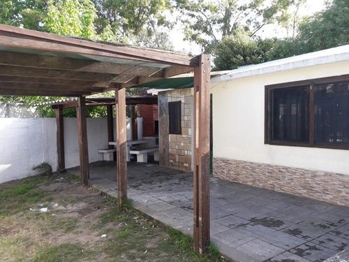 casa alquiler anual 2 dormitorios floresta