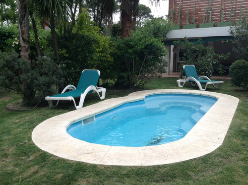 casa amplia c/piscina