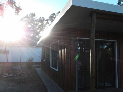 casa amplia ventilada , luminosa y tiene estufa de alto rend
