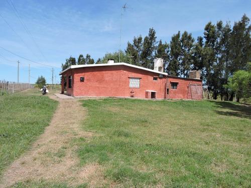 casa apta banco en 5000 mts de terreno.