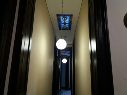 casa casi18/estilo/a/gama/pisos/aberturas d/1era.altura 27 m