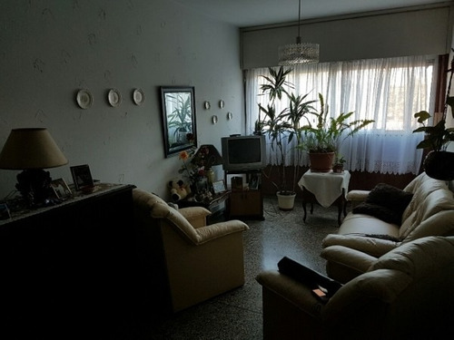 casa central, buen departamento!!!
