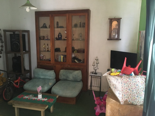 casa central - buen terreno con mejoras en cno. repetto y r8