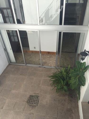 casa central-casa de estilo reciclada a nuevo, ideal empresa