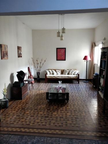 casa central-guaviyu y pedernal, 3 dorm, 2 baños y patio