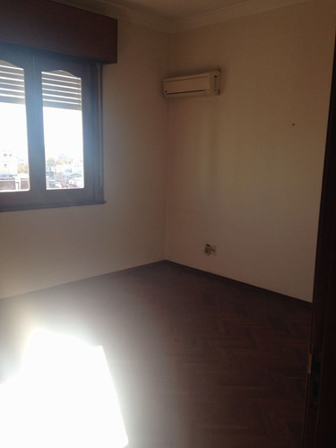 casa central - impecable piso de 180 m2 sobre 18 de julio