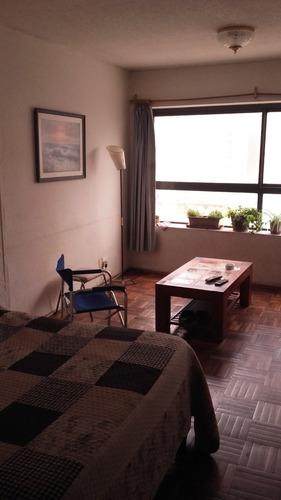 casa central- monoambiente tacurembo y 18 de julio!!