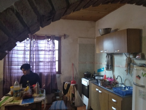 casa con 2 aptos en manuel acuña y p.de soto ideal renta