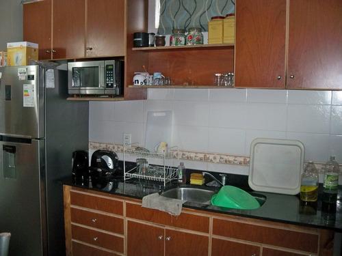 casa con apartamento en buena ubicación - carmelo