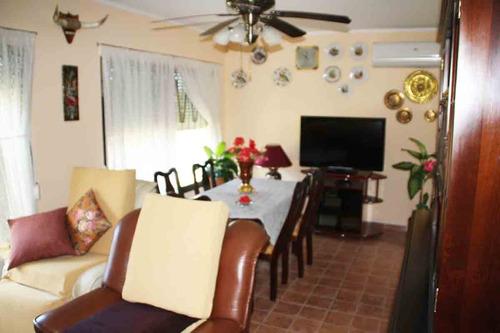 casa con apartamento en pueblo arena. **precio reducido**