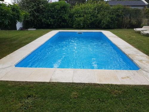 casa con piscina baln. bs.as. manantiales p. del e 12 plazas