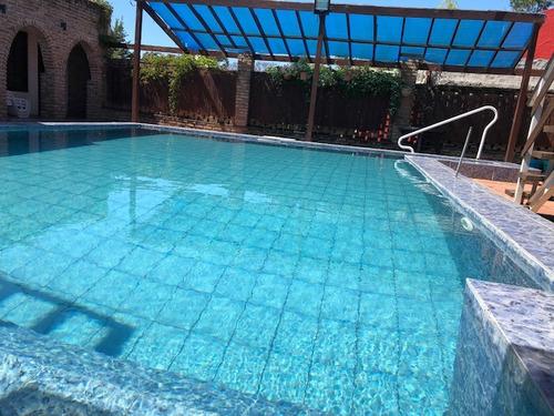 casa c/piscina  150 metros de la playa