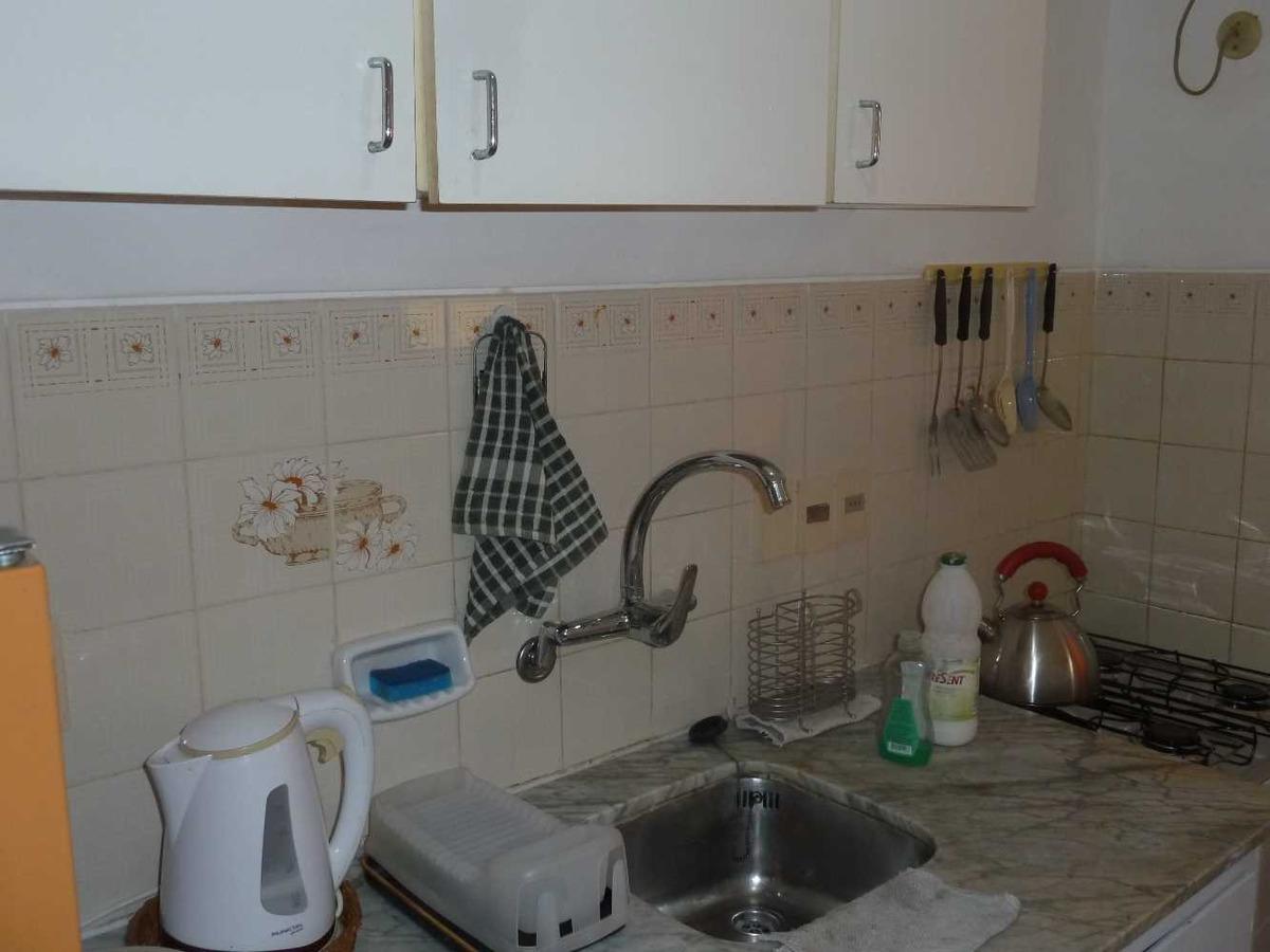 casa de 2 ambientes, cocina, bano y patio