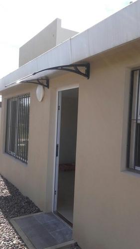 casa de 2 dorm y 1 baño a extrenar .64 m2 en lagomar sur.