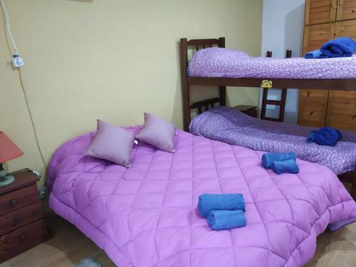 casa de 2 dormitorios 2 baños gran parque parrillero techado