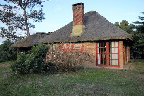 casa de 2 dormitorios en el country para la venta!