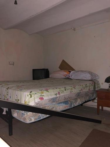 casa de 2 dormitorios en muy buen punto