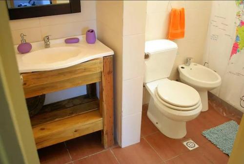 casa de 3 dorm, 2 baños, 5 cuadras rambla! oportunidad !