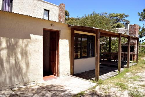 casa de 3 dormitorios a menos de 3 cuadras de la playa