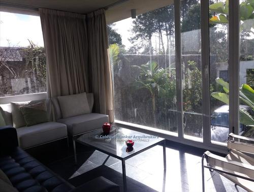 casa de 3 dormitorios en venta en lomas de solymar