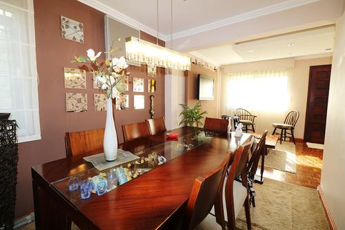 casa de 3 dormitorios y 2 baños. 113 m2 edificados