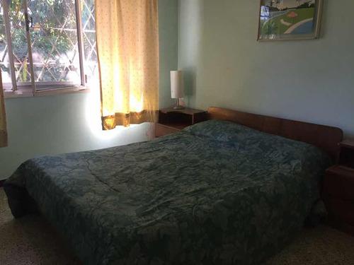 casa de 3 dormitorios y dos baños