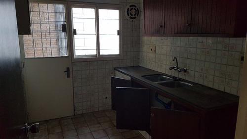 casa de 3 dormitorios y garage en carrasco