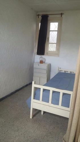 casa de 4 dorm y 3 baños. excelente familia. a 300 mts playa