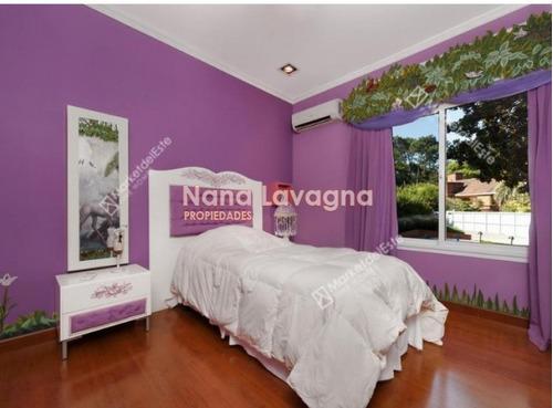casa de 5 dormitorios / 3 suite en bo cantegrill   - ref: 214477
