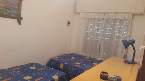 casa de 6 ambientes, 2 baños
