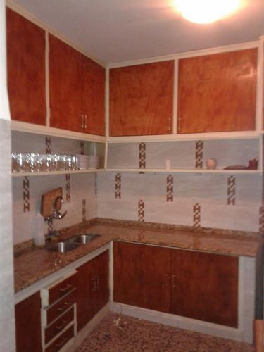 casa de 6/7dormitorios 4 baños, jardín y fondo